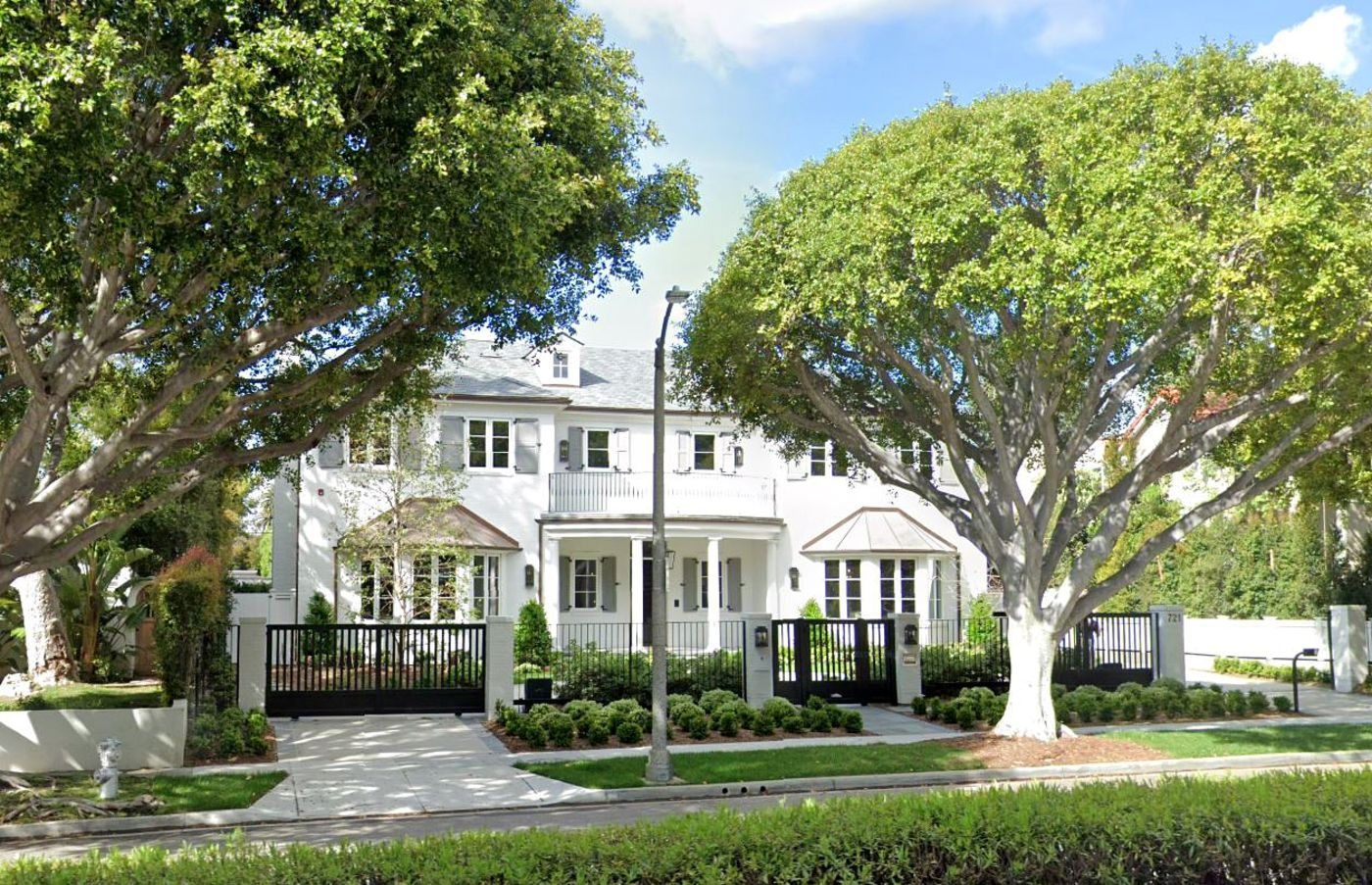 Beverly Hills Homeowner Scores $83 Million Loan to Expand Mansion, One Million Dollar Plus News